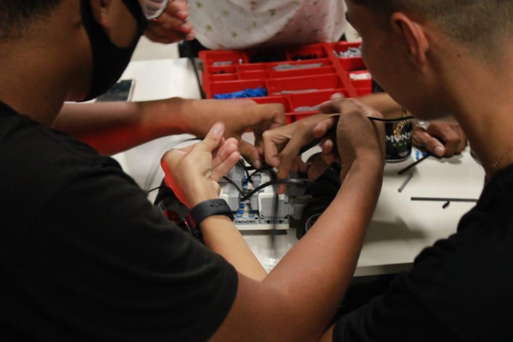SEMECTI realiza abertura do Torneio Estadual Juvenil de Robótica em Codó